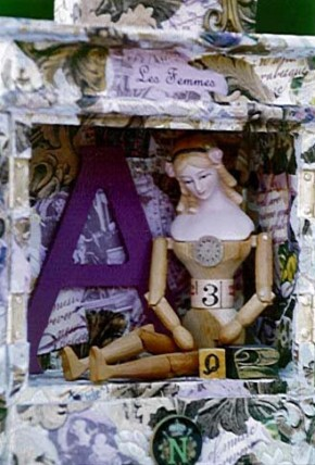 Assemblage Les Femmes Box, close up
