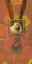 Necklace Vintage girl filigree