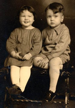 Vintage children, sent in by Peggy (Pegster)